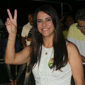 Lara Moura: