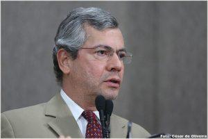 ff7577d99 Deputado observa que nunca foi eleito vinculado a chefe do Poder Executivo